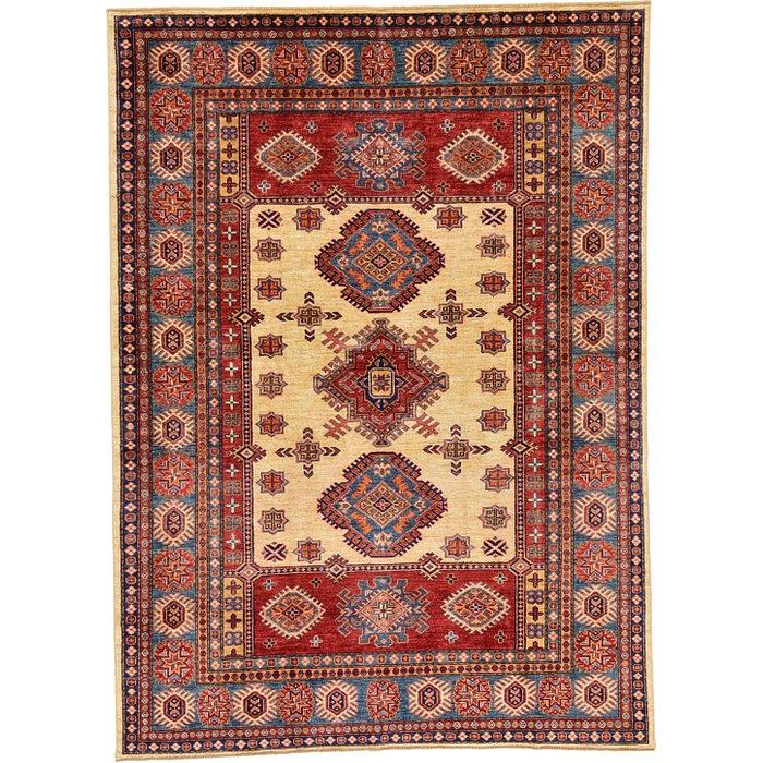 5' 8 x 7' 10 Kazak Oriental Rug