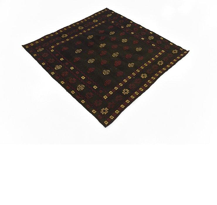 4' 4 x 4' 6 Sumak Square Rug