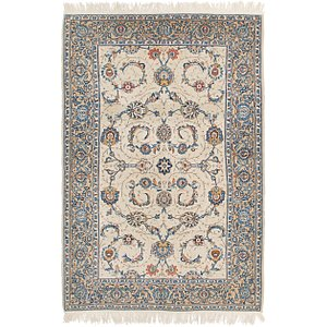 4' 4 x 6' 10 Kashan Persian Rug