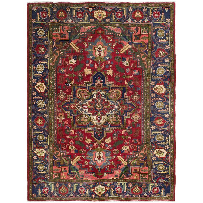6' 7 x 9' Heriz Persian Rug