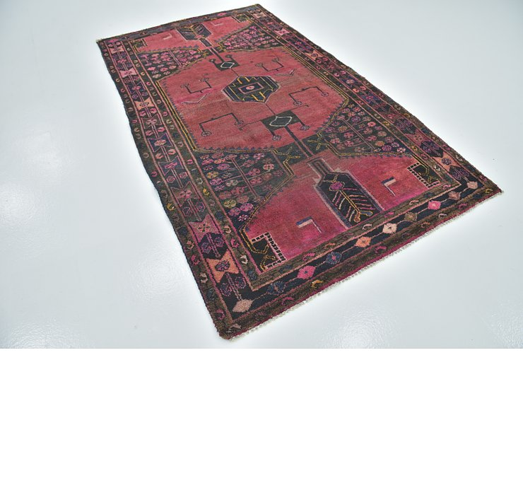 4' 10 x 8' Shiraz Persian Rug