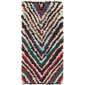 HandKnotted 2' 6 x 5' 5 Moroccan Runner Rug