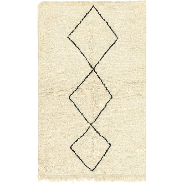 4' x 6' 9 Moroccan Rug
