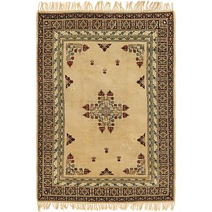 HandKnotted 6' 5 x 9' 5 Romani Rug