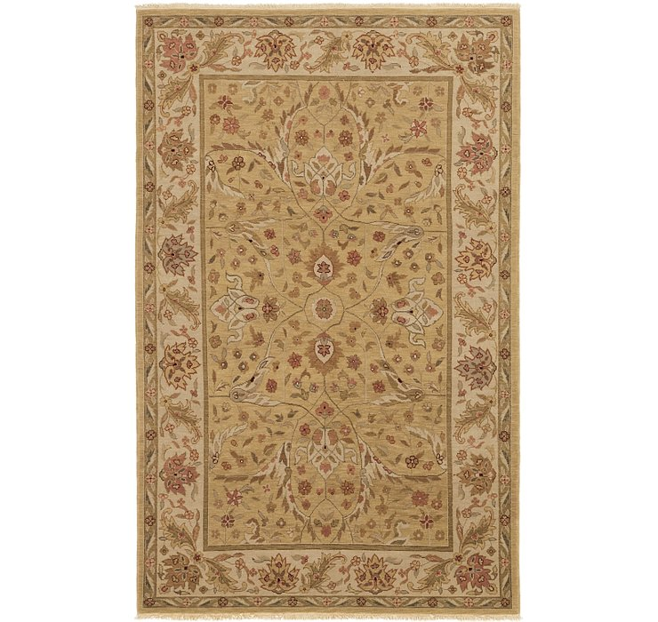 5' 9 x 9' Classic Agra Rug