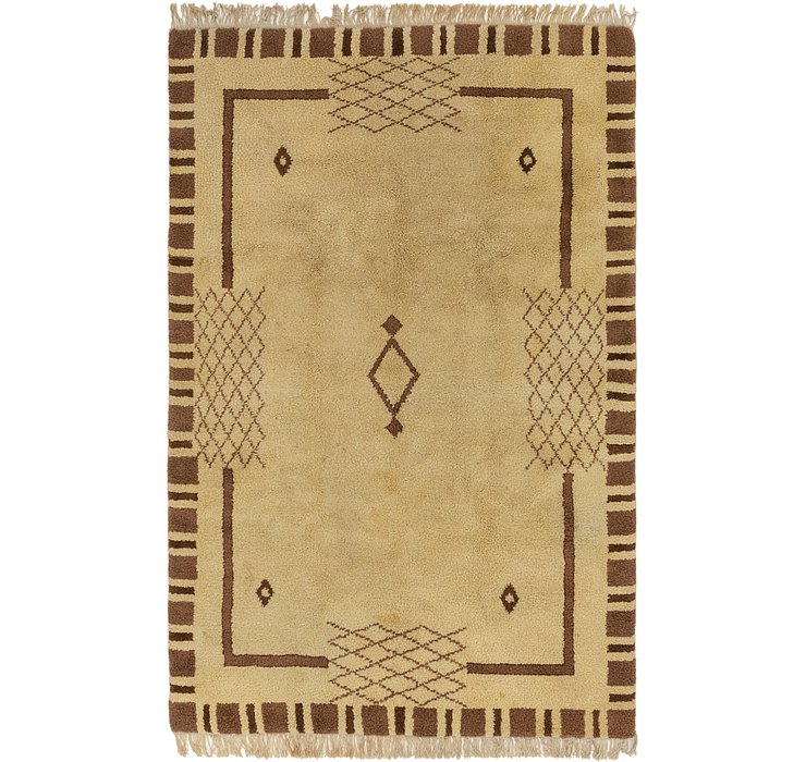 5' 6 x 8' 8 Moroccan Rug