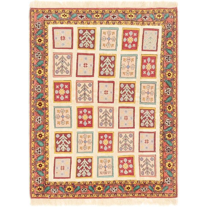 4' 4 x 6' Ghoochan Persian Rug