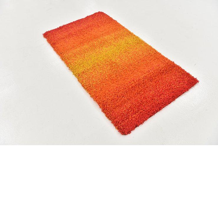 2' 9 x 5' Textured Shag Rug