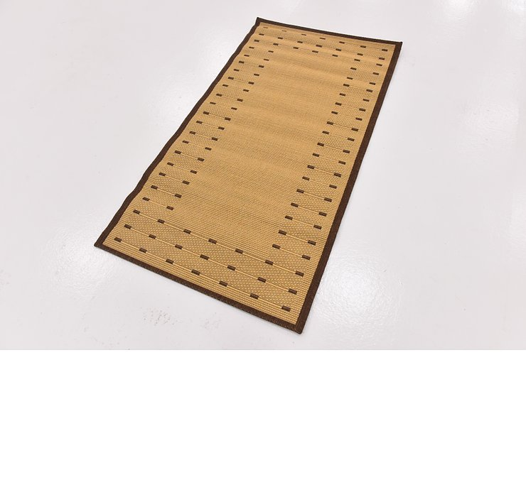 2' 7 x 4' 10 Outdoor Border Rug