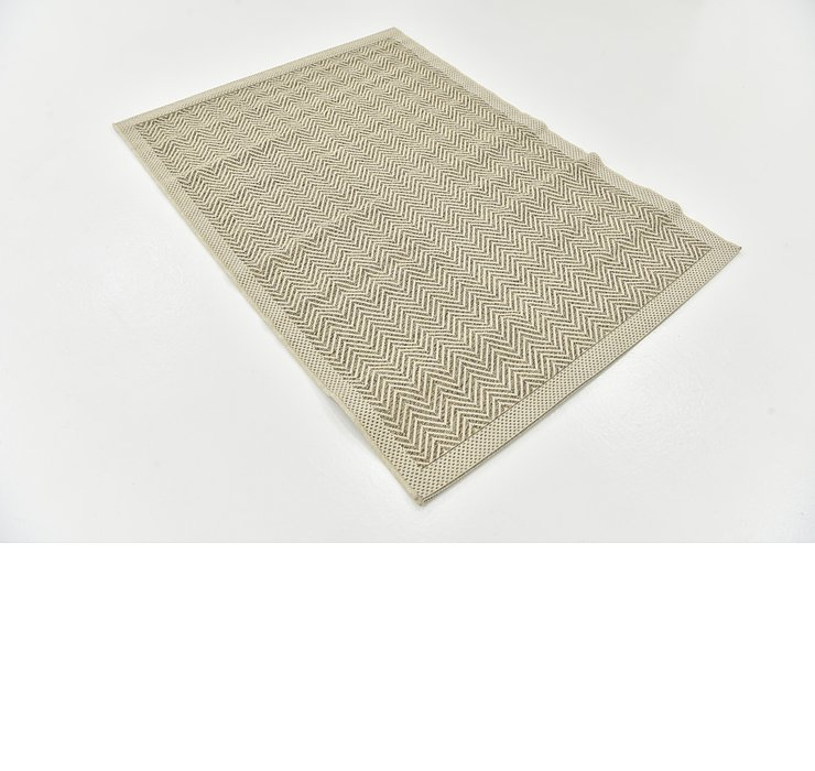 3' 10 x 5' 5 Outdoor Border Rug