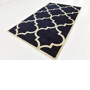 Link to 152cm x 245cm Trellis Rug item page