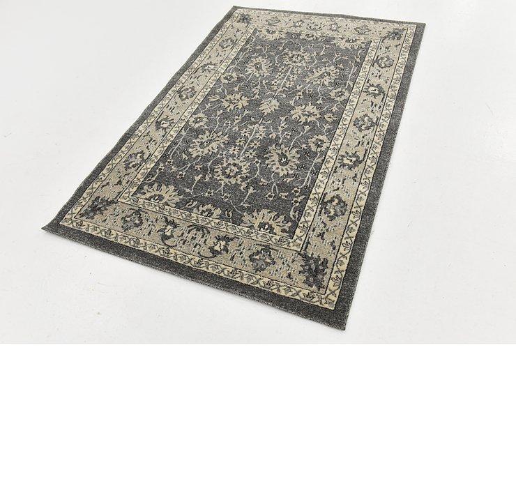 4' x 6' 2 Kashan Design Rug