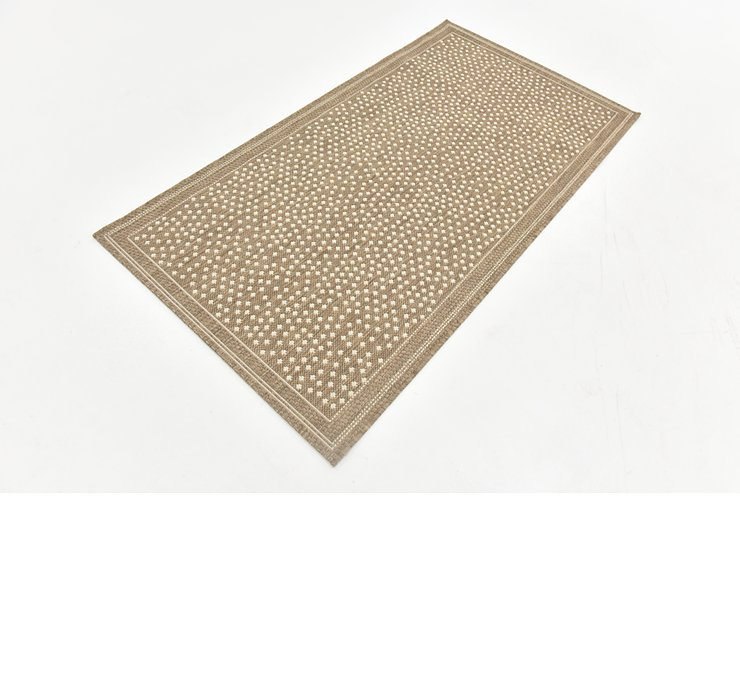 2' 7 x 5' Outdoor Border Rug