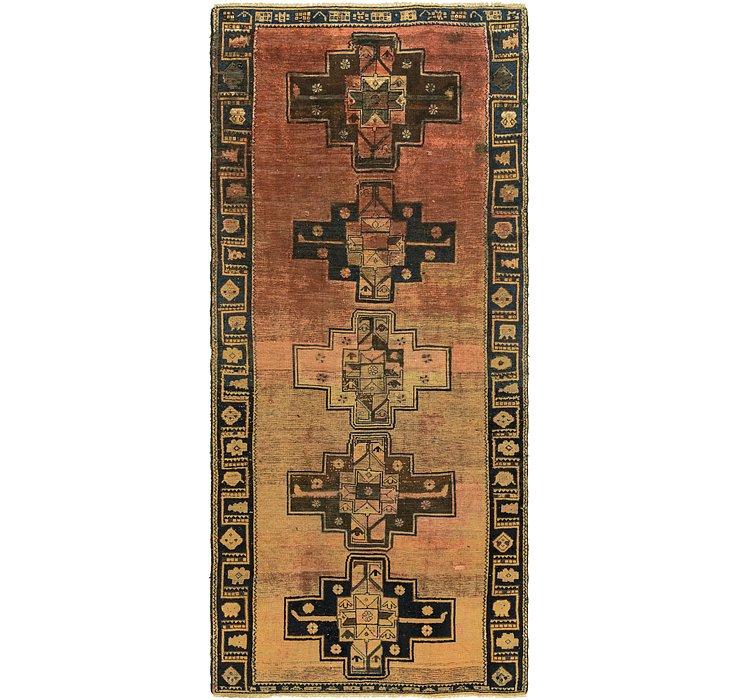 4' 7 x 10' 7 Shiraz Persian Runner Rug
