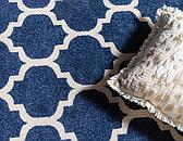 8' x 8' Lattice Round Rug thumbnail image 5