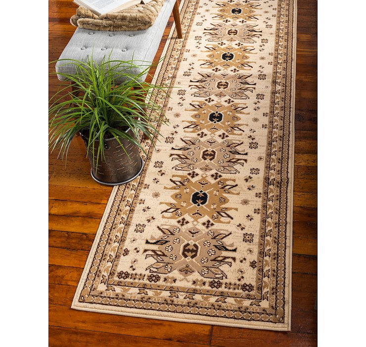 2' 7 x 10' Heris Runner Rug