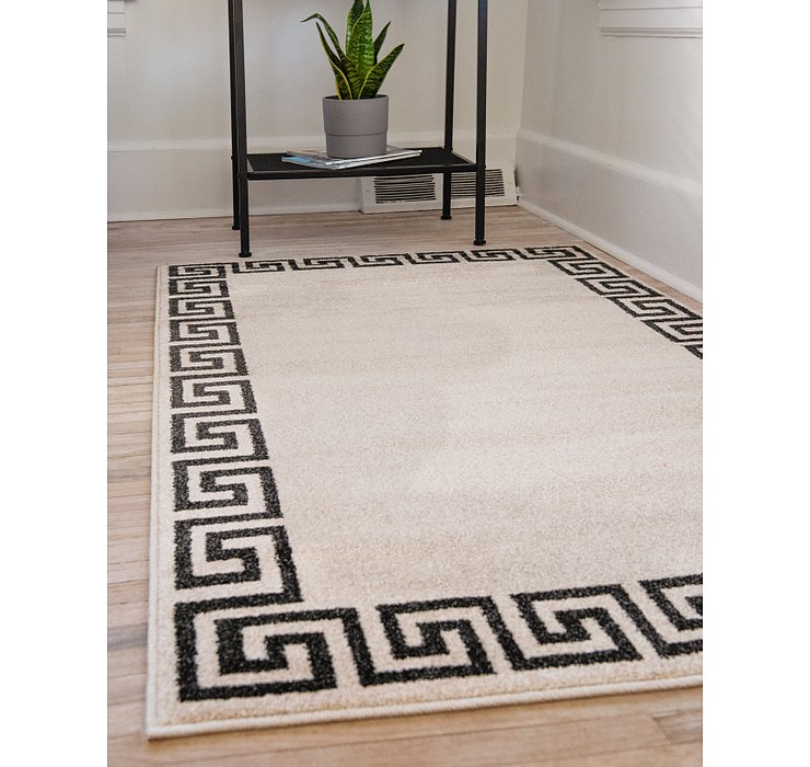 5' x 8' Greek Key Rug