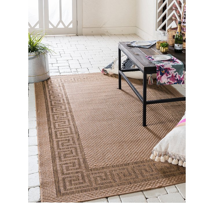 7' x 9' 7 Outdoor Border Rug