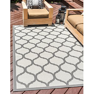 Unique Loom 3' 3 x 5' Outdoor Rug