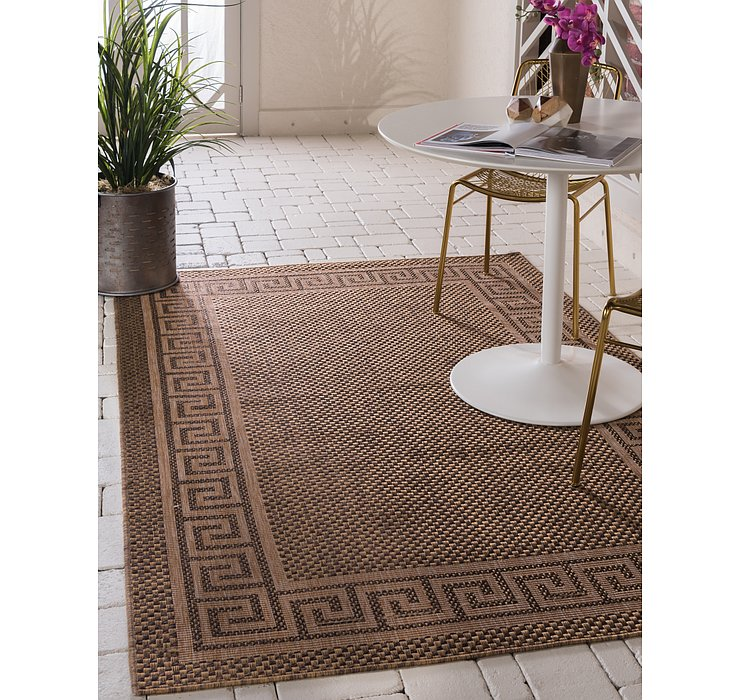 5' 3 x 8' Outdoor Border Rug