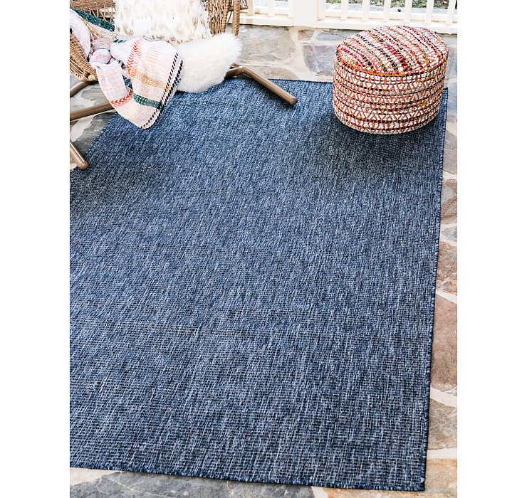 4' x 6' Outdoor Solid Rug