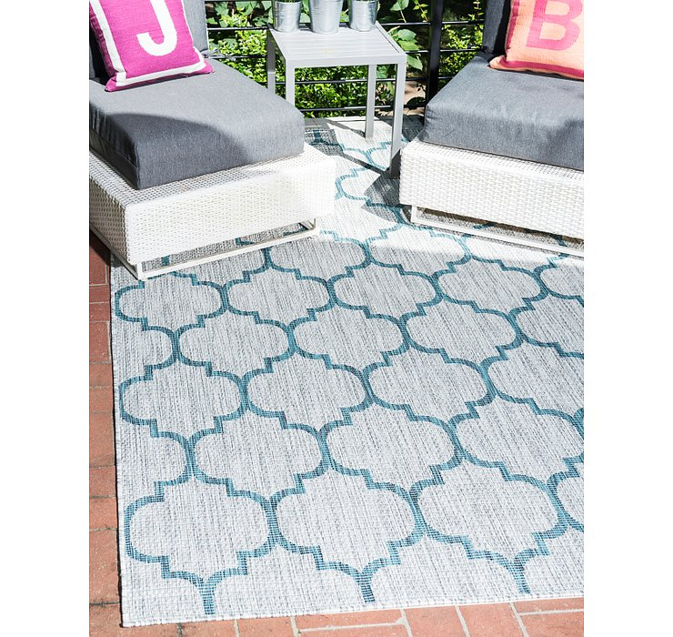 Gray Outdoor Lattice Rug