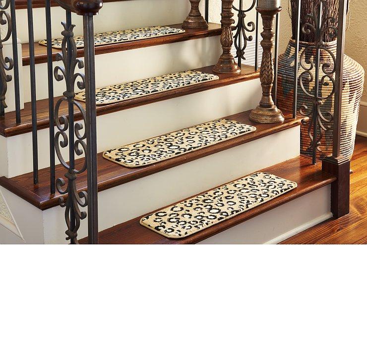 0' 9 x 2' 6 Savannah Stair Tread Rug