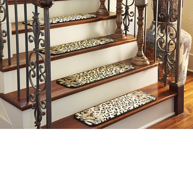 0' 9 x 2' 6 Safari Stair Tread Rug
