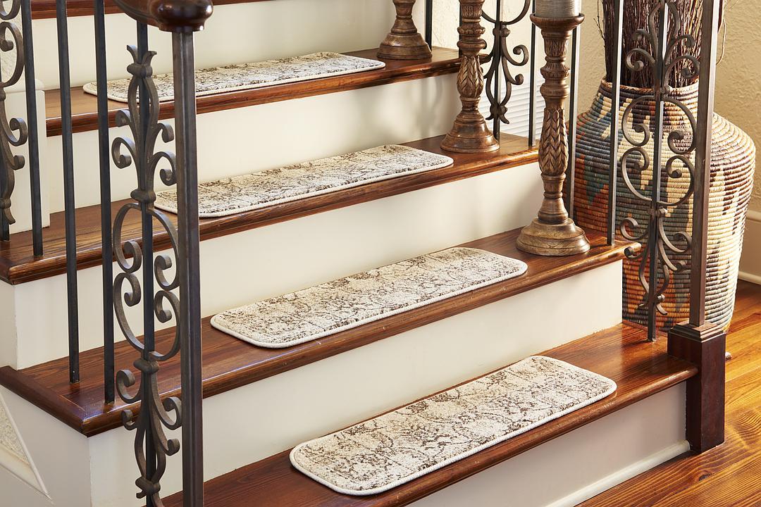 0u0027 9 X 2u0027 6 Vista Stair Tread Rug