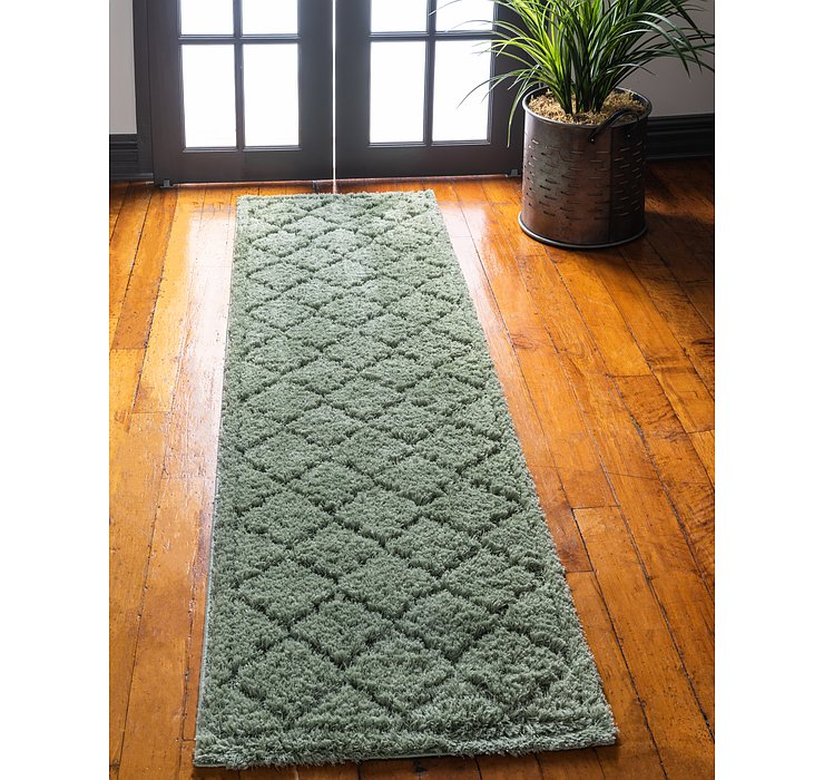 Green Lattice Shag Runner Rug