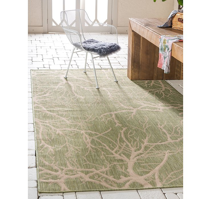 Light Green Outdoor Botanical Rug