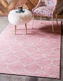 8' x 10' Trellis Frieze Rug thumbnail