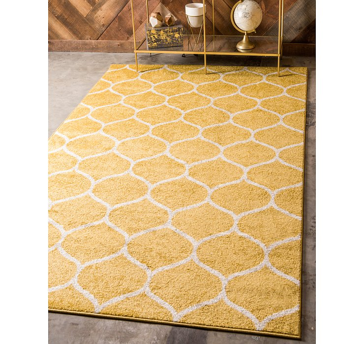 8' x 10' Lattice Frieze Rug