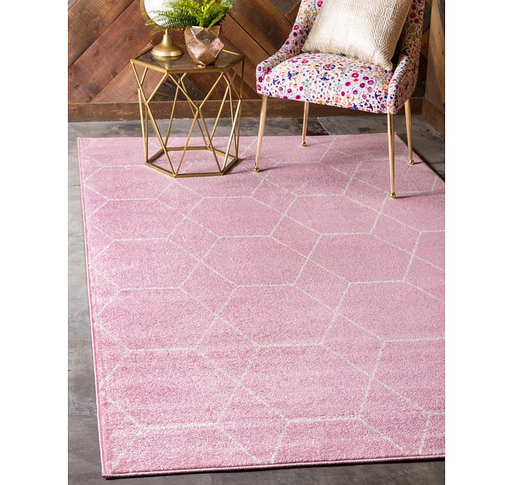 3' 3 x 5' 3 Trellis Frieze Rug