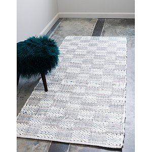 Unique Loom 2' 6 x 6' Chindi Cotton Runner Rug