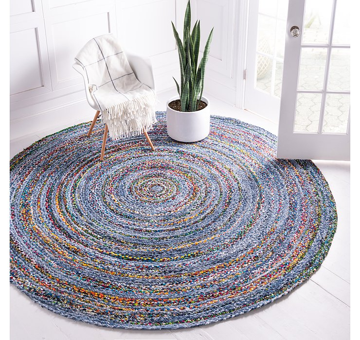 3' 3 x 3' 3 Braided Chindi Round Rug