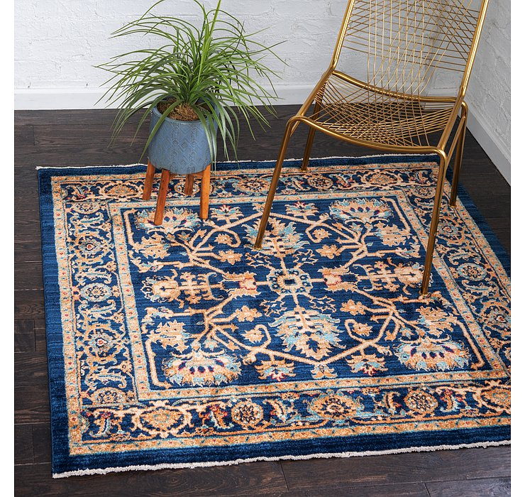 4' 5 x 4' 5 Charlestown Square Rug