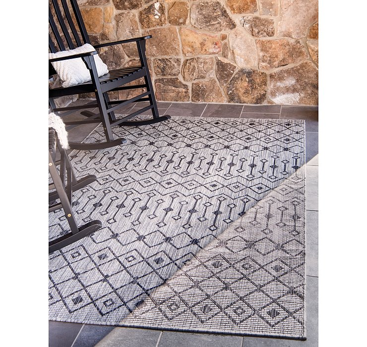 Light Gray Outdoor Lattice Rug