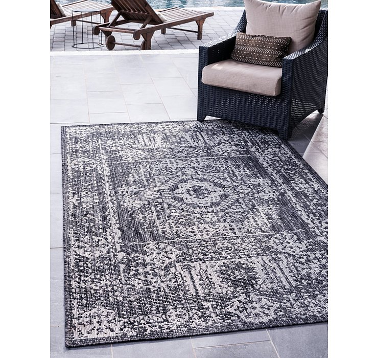 183cm x 275cm Outdoor Traditional Rug