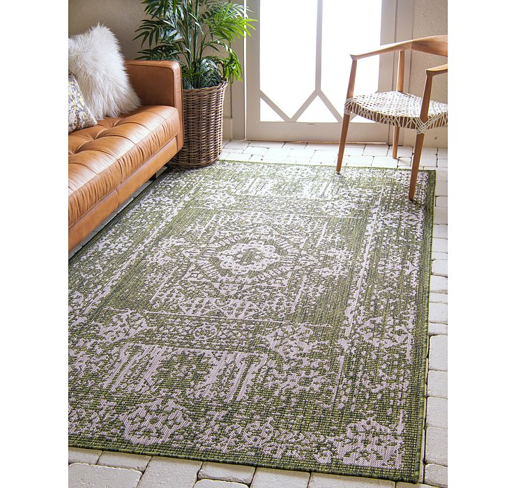 122cm x 183cm Outdoor Traditional Rug