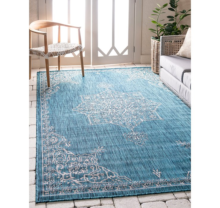 6' x 8' Outdoor Traditional Rug