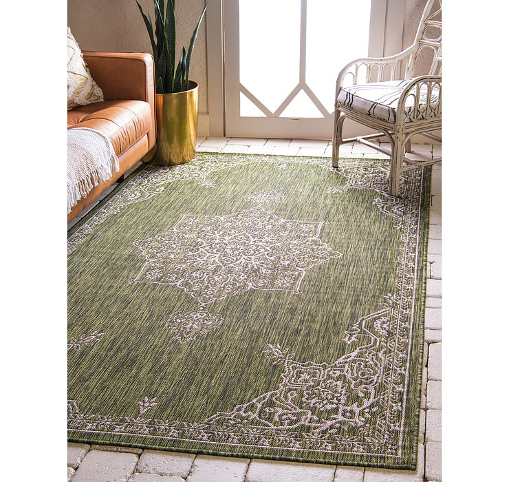 152cm x 245cm Outdoor Traditional Rug