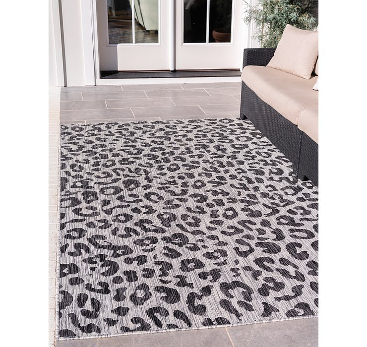 Light Gray Outdoor Safari Rug