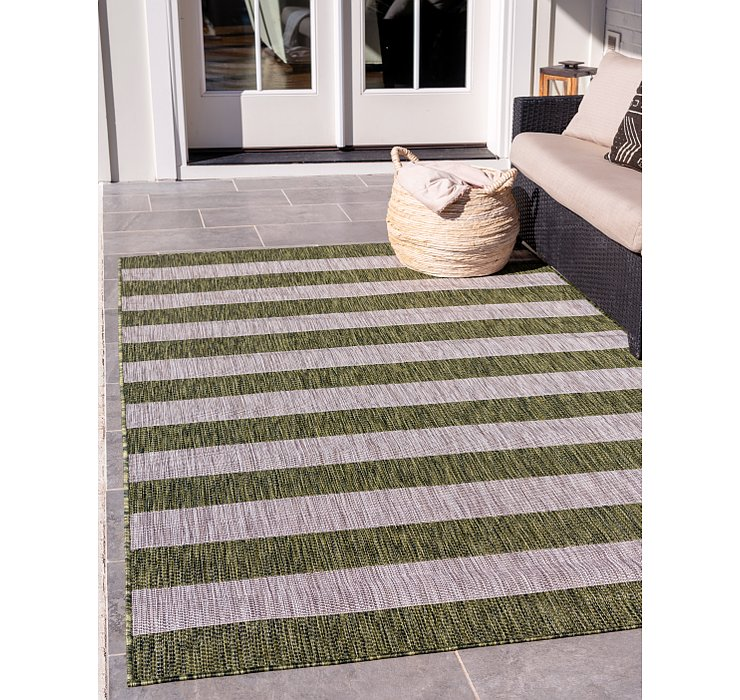 6' x 9' Outdoor Striped Rug